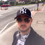 Julian from Weston-super-Mare | Man | 29 years old | Capricorn