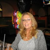 Vernell from Pennsburg   Woman   52 years old   Libra