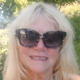 Casy10 from Quispamsis | Woman | 60 years old | Leo