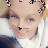 Natalie from Leamington | Woman | 33 years old | Leo