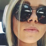 Suz from Portland | Woman | 23 years old | Cancer