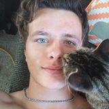 Markymark from Dauphin | Man | 22 years old | Cancer