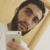 Meas from London | Man | 26 years old | Aquarius