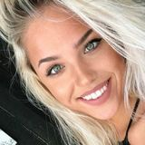Lauren from Osage Beach | Woman | 25 years old | Aquarius