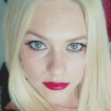 Mariemax from Laval | Woman | 32 years old | Leo