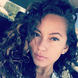 Gee from Massapequa | Woman | 25 years old | Capricorn