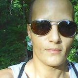 Abbie from Bloomington | Woman | 39 years old | Sagittarius