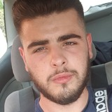 Julien from Martigues   Man   21 years old   Aquarius