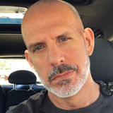James from O Fallon | Man | 48 years old | Capricorn