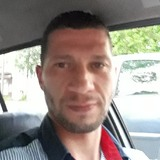 Mourad from Saint-Etienne | Man | 36 years old | Capricorn