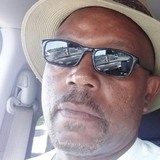 Ronnie from Lynchburg | Man | 55 years old | Taurus