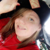 Stacy from Coralville   Woman   27 years old   Capricorn