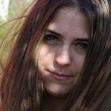 Edith from Nimes | Woman | 22 years old | Aquarius