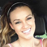Angie from Miami | Woman | 36 years old | Aries