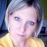 Lolotte from Chalons-en-Champagne | Woman | 30 years old | Sagittarius