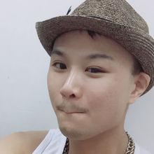 Leohahaha looking someone in Hong Kong #9