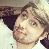Tom from Bracknell | Man | 25 years old | Aquarius
