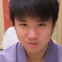Kwan looking someone in Hong Kong #6