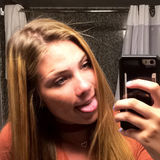 Kenz from Port Orchard   Woman   22 years old   Scorpio