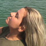 Lia from Duisburg | Woman | 25 years old | Libra