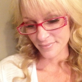 Laurie from Ocean Springs | Woman | 47 years old | Capricorn