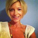 Daisy from Cranston | Woman | 47 years old | Taurus