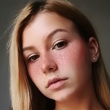 Margot from Les Sables-d'Olonne | Woman | 18 years old | Aries