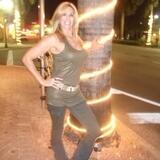 Shella from Wheeling | Woman | 52 years old | Taurus