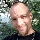 Dirk from Merritt | Man | 26 years old | Cancer