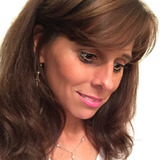 Dhoukie from Reading | Woman | 53 years old | Sagittarius