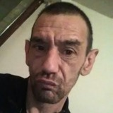 Yannick from Charleville-Mezieres | Man | 46 years old | Cancer