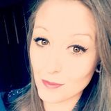 Lorene from Valdahon | Woman | 35 years old | Taurus