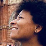Alina from Eixample   Woman   34 years old   Taurus