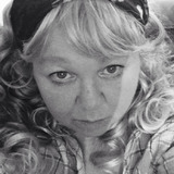 Shellylou from Newport   Woman   52 years old   Pisces