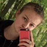 Bella from Kempten (Allgaeu) | Woman | 20 years old | Cancer