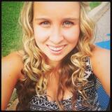 Abigail from Bayonne | Woman | 22 years old | Taurus