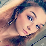Lexizeppelin from North Port | Woman | 24 years old | Cancer